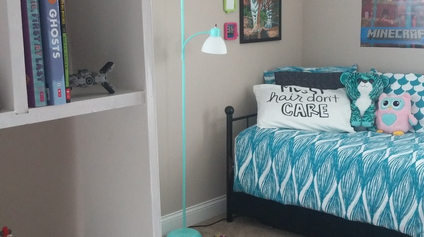 How I Upcycled Furniture To Create a Cute PreTeen Bedroom