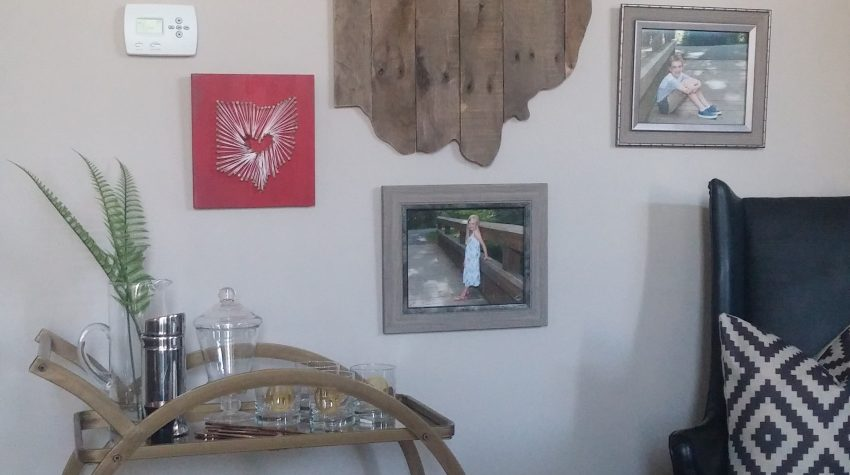 DIY Mounted Picture Frames